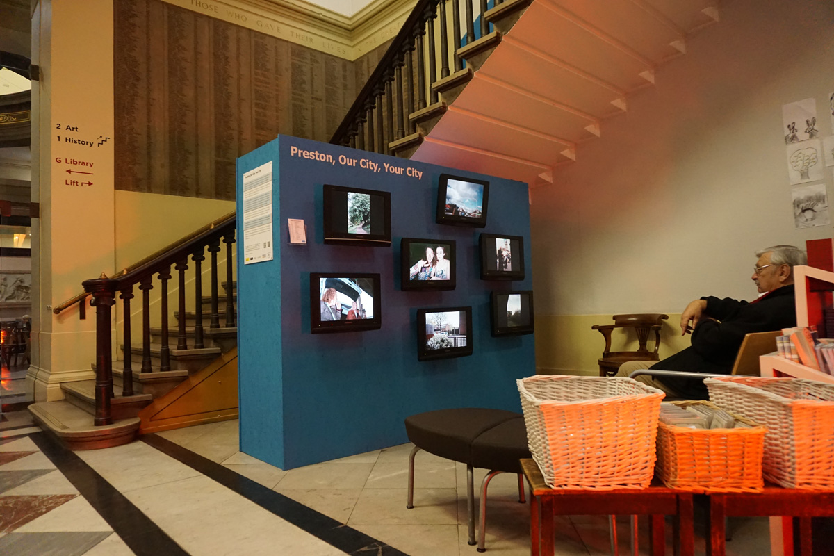 harris-exhibition-video-03